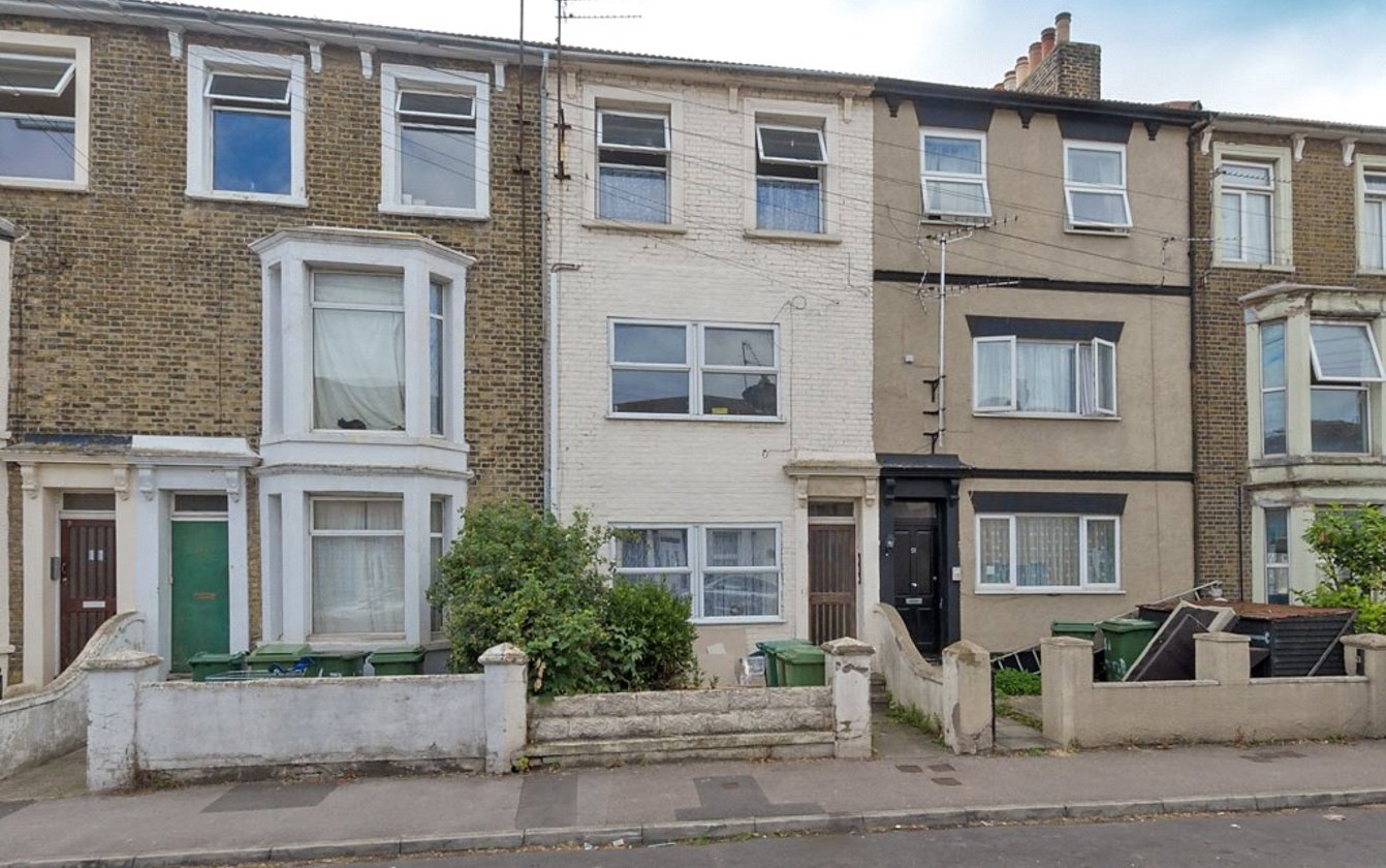 Flat 2 49 Alma Road, Sheerness, Kent, ME12, 4040, image-9 - Quealy & Co