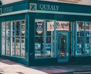 Why choose quealy rent property - Quealy & Co