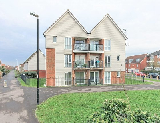 Crocus Drive, Sittingbourne, ME10, 3446 - Quealy & Co