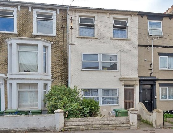 Flat 2 49 Alma Road, Sheerness, Kent, ME12, 4040 - Quealy & Co