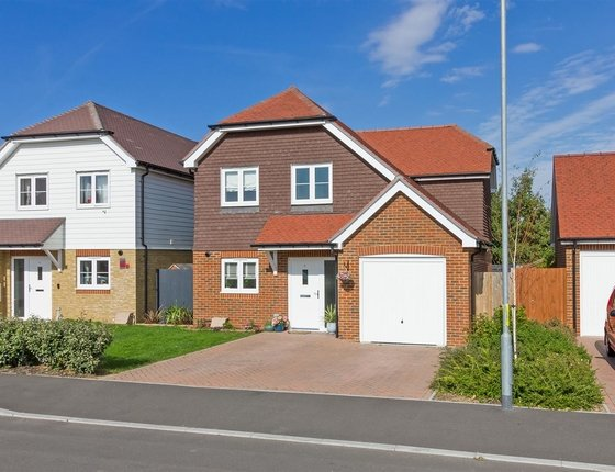 Deane Close, Sittingbourne, ME10, 651 - Quealy & Co