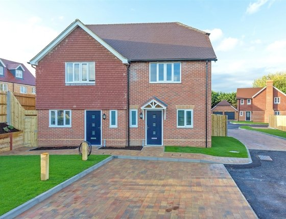 Sheppey Way, Iwade, Sittingbourne, Kent, ME9, 687 - Quealy & Co