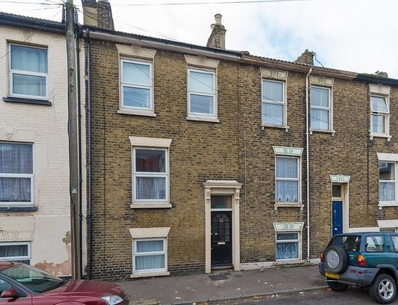 Fonblanque Road, Sheerness, Kent, ME12, 839 - Quealy & Co